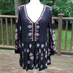 NWOT! Free People XS Black Embroidered Top